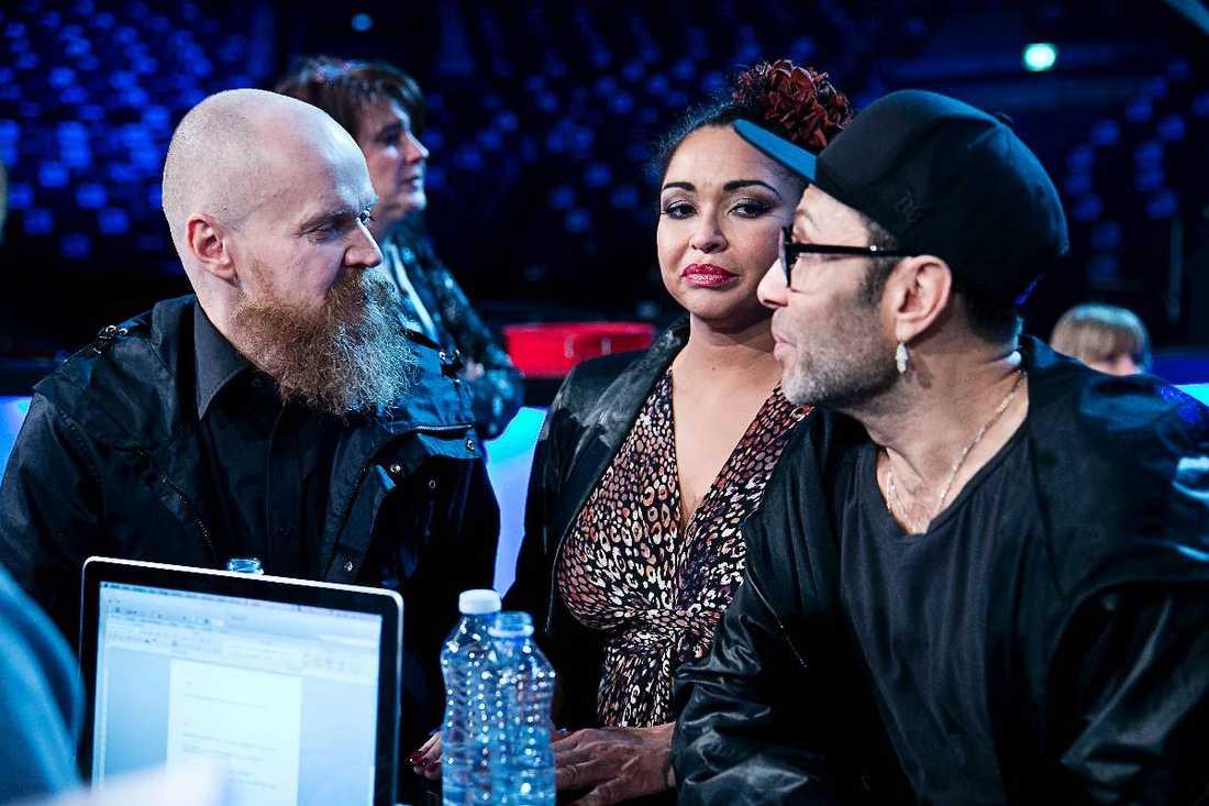 """'vill inte åka på någon jävla turné'För Camilla Henemark och Jean-Pierre Barda är målet att vinna Melodifestivalen. Men inte för Alexander Bard. """"Jag är inte ett dugg sugen"""", säger han."""