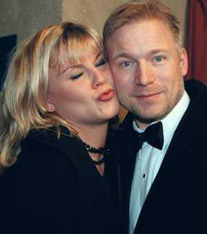 1998. Josefin och Hannes Holm var sambor.