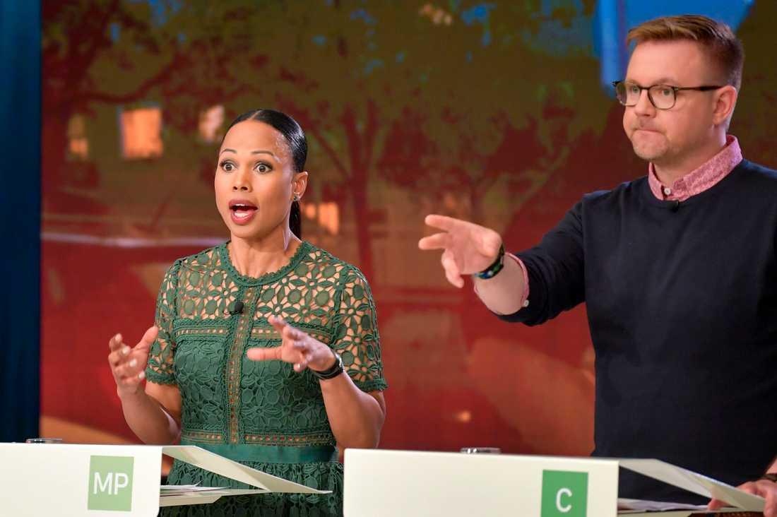 Alice Bah Kuhnke (MP) och Fredrick Federley (C) under SVT:s slutdebatt mellan partiernas toppkandidater till EU-valet. Arkivfoto.