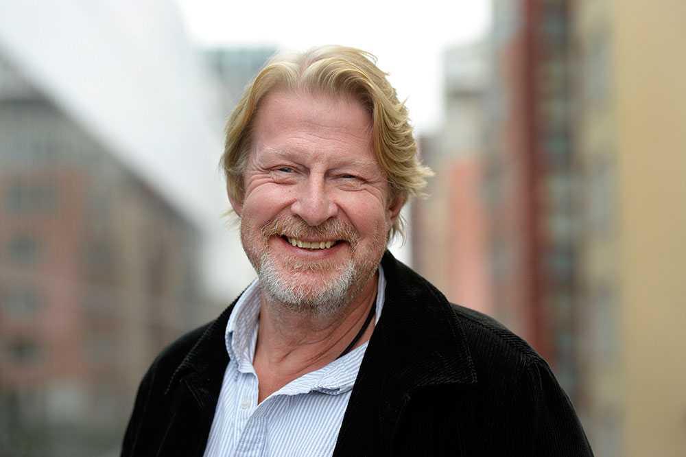 """Rolf Lassgård, 58, skådespelare. Antal år i juryn: 2. """"Det viktiga för mig är att få möta alla fantastiska historier, öden och godhet som faktiskt sker i vårt land. Det här är hjältar på riktigt och deras handlingar skapar ringar på vattnet."""""""