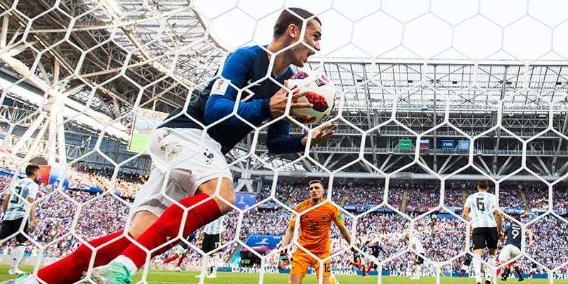 Antoine Griezmann jublade när Frankrike slog ut Argentina från VM. Under söndagen fick han fira igen - som hästägare.