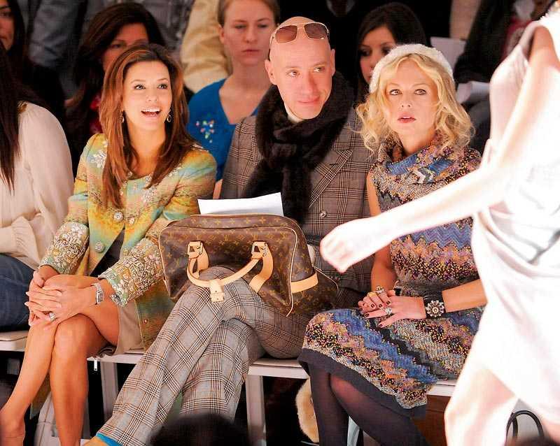 Eva Longoria,stylisten Robert Verdi och Rachel Zoe spanar in Matthew Williamsons höstkollektion.