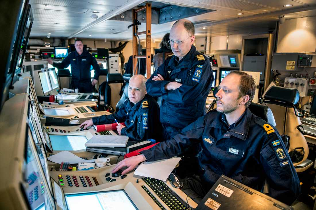 Stridsledningscentralen ombord pVisbykorvetten HMS Helsingborg i samband med en militärövning 2015.