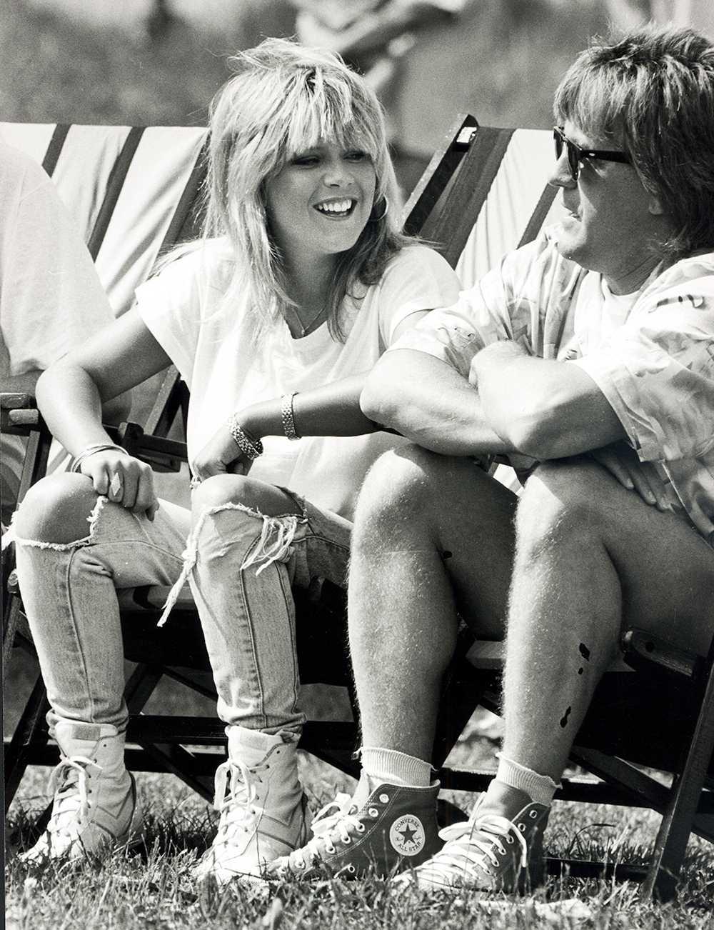 """Samantha Fox medverkade frekvent i SVT-succén """"Solstollarna"""" under 80-talets glada dagar. Här med programledaren Ola Ström."""