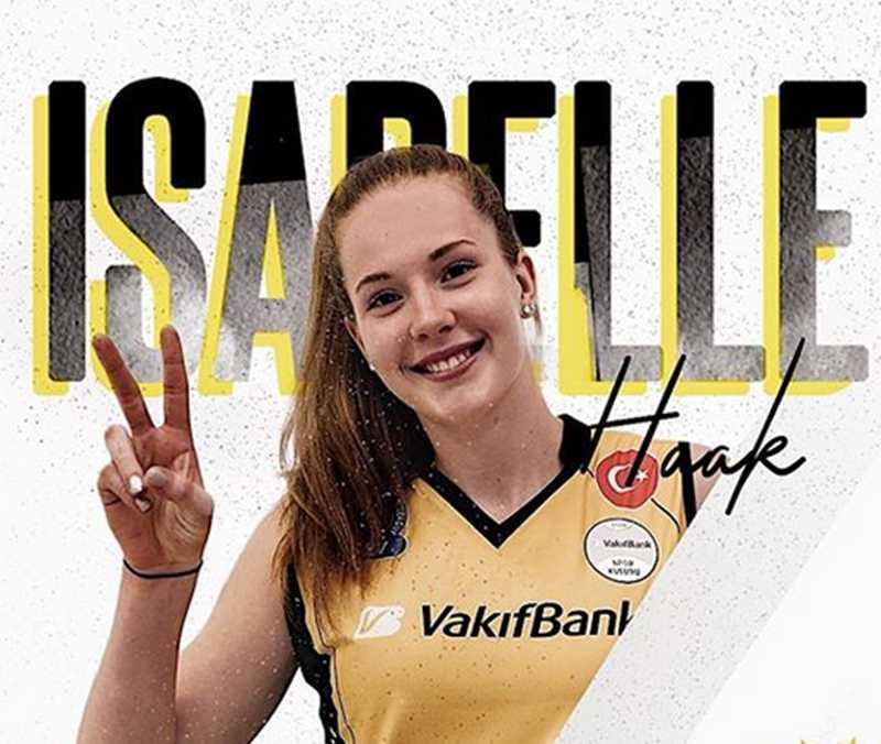 Isabell Haak när hon presenteradeas av nya klubben