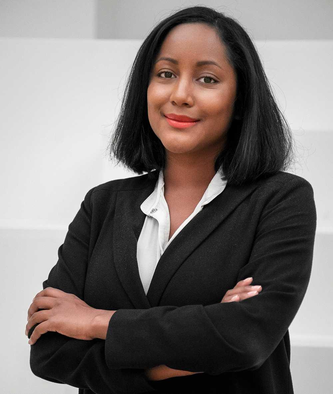 Natalie Eriksson är författare till boken Kvinnorna som äger börsen – aktier för nybörjare.