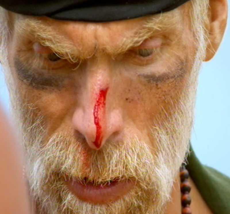 Mats Thelin slog sig själv blodig i kvällens avsnitt.