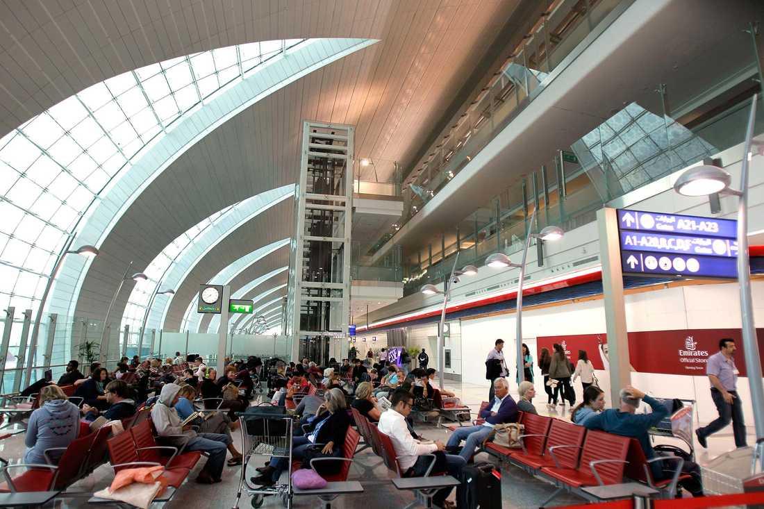 Miljontals passagerare strömmar till Dubais internationella flygplats varje år.