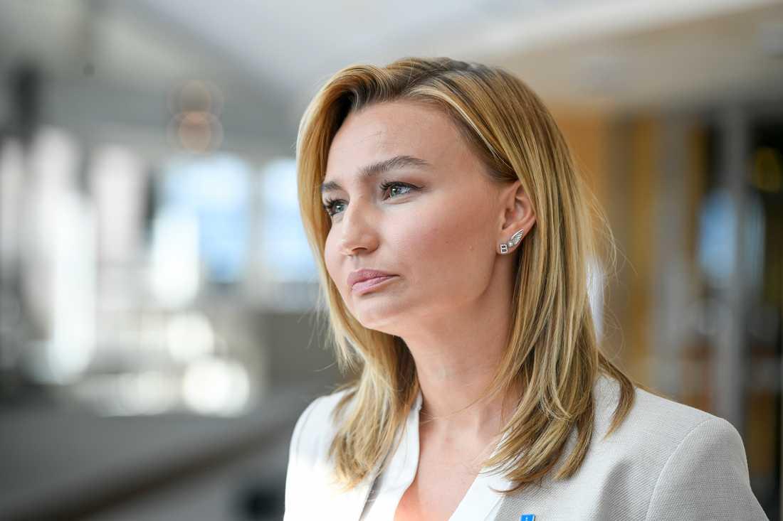 Kristdemokraternas partiledare Ebba Busch hävdar att Socialdemokraterna omöjliggjorde en bred överenskommelse om migrationspolitiken.
