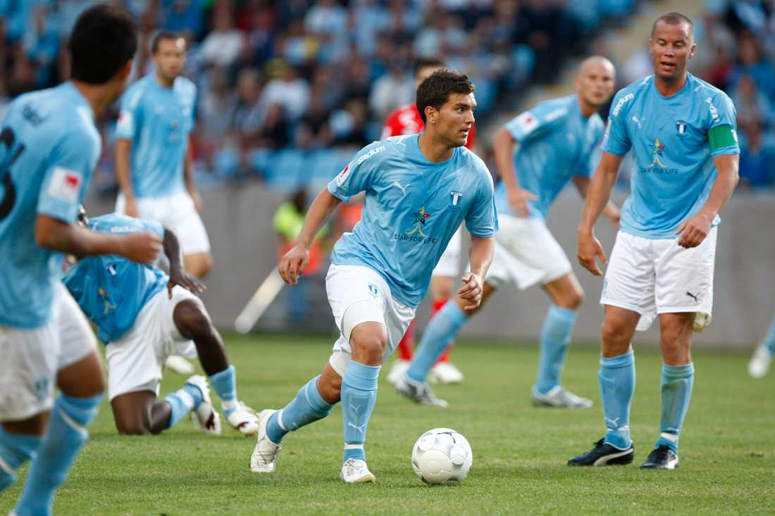 Labinot Harbuzi i Malmö FF.