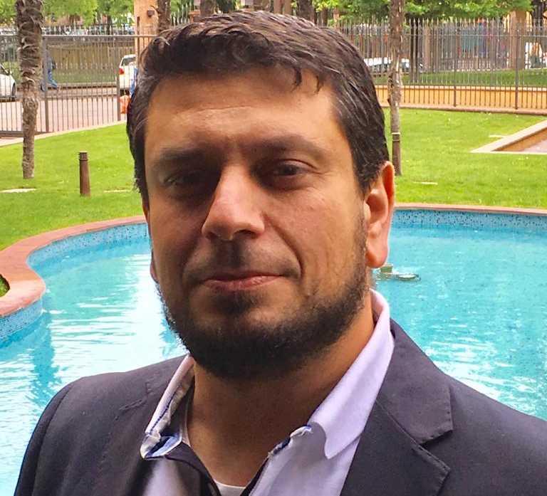 Samer Abu Rahmeh jobbar till vardags som ingenjör på Forsmarks kärnkraftverk i Uppsala.