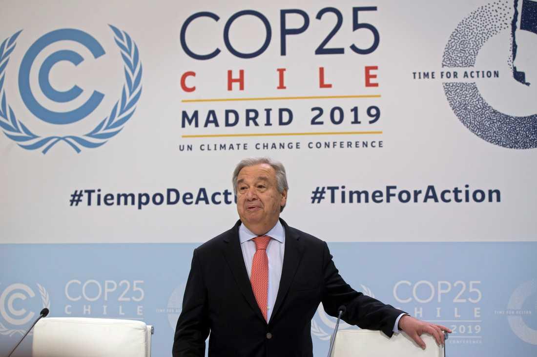 FN-chefen António Guterres på en pressträff inför veckans klimatmöte i Madrid.