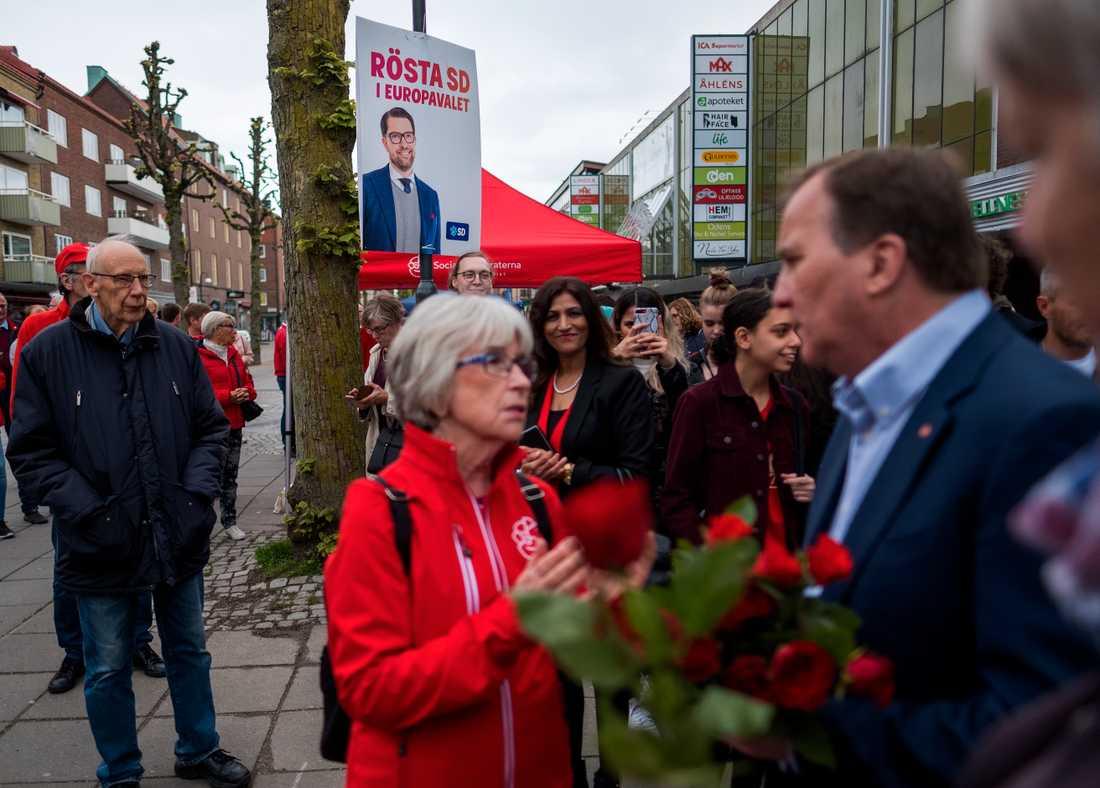 Statsminister Stefan Löfven besökte Trollhättan under sin valturné inför EU-valet.
