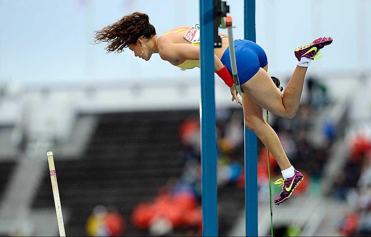 Angelica Bengtsson missade samtliga tre försök på 4,40 och blev tia i EM.