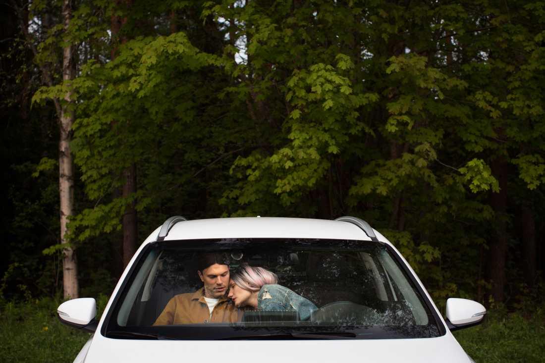"""Drive-in-teatern """"Kallar du, kommer jag"""" sätts upp av Skuggteatern i Umeå. Pressbild."""