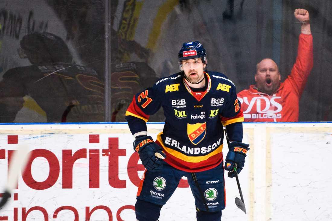 Patrik berglund i Djurgårdströjan.