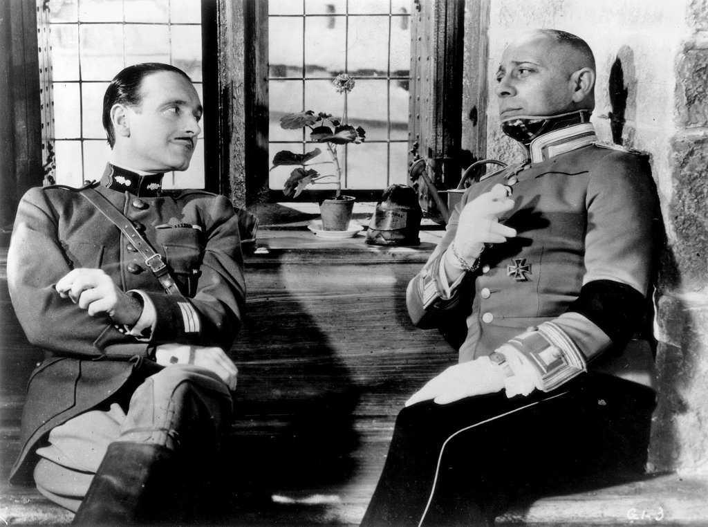 """Pierre Fresnay och Eric von Stroheim i """"Den stora illusionen"""" (1937)."""