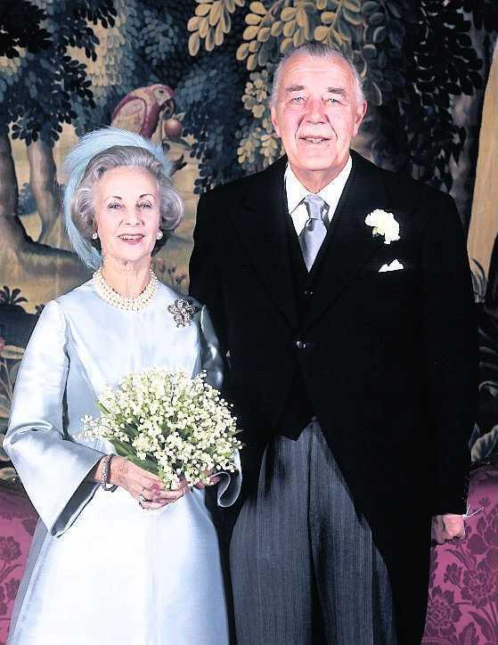 Prinsessan Lilian och prins Bertil efter vigseln 1976.