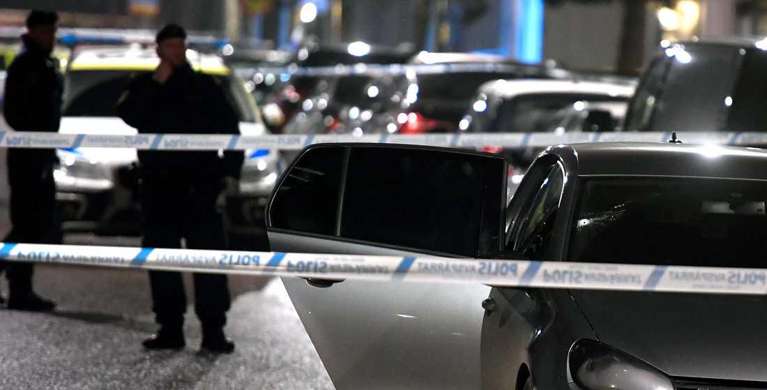 Bilen som besköts.