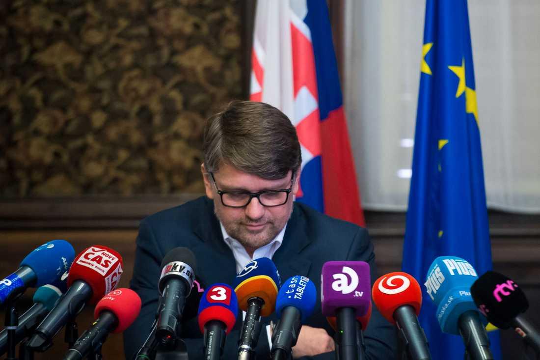Kulturministern Marek Madaric avgick