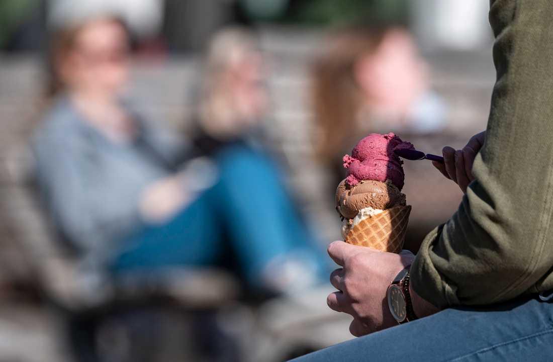Det har varit glassväder i stort sett i hela landet. Här på Stortorget i Lund.