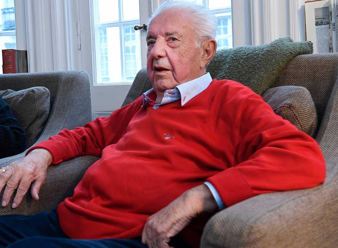 """Skådespelaren Bert-Åke Varg gav röst åt fem olika karaktärer i """"Fablernas värld""""."""