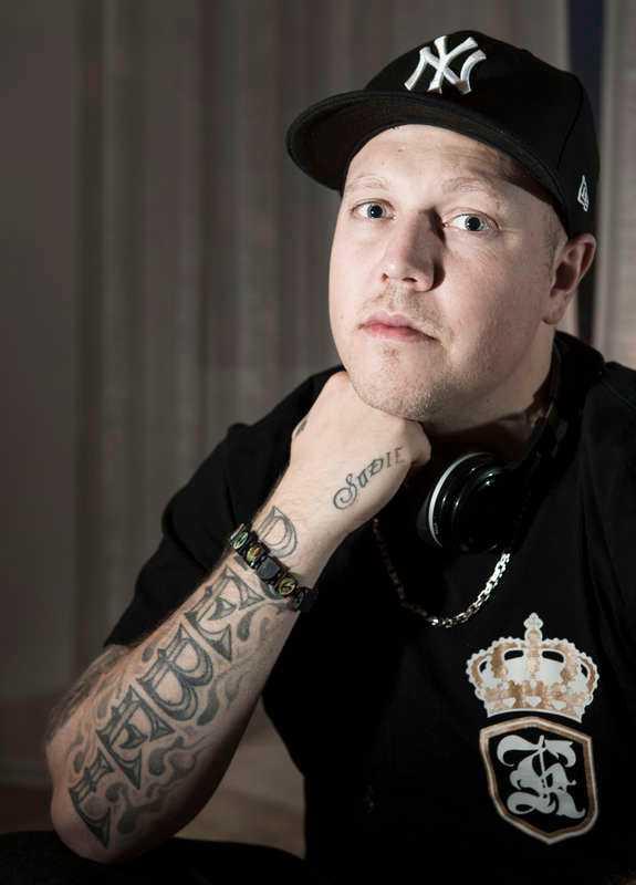 Sebbe Staxx, sångare i hip hop-gruppen Kartellen.