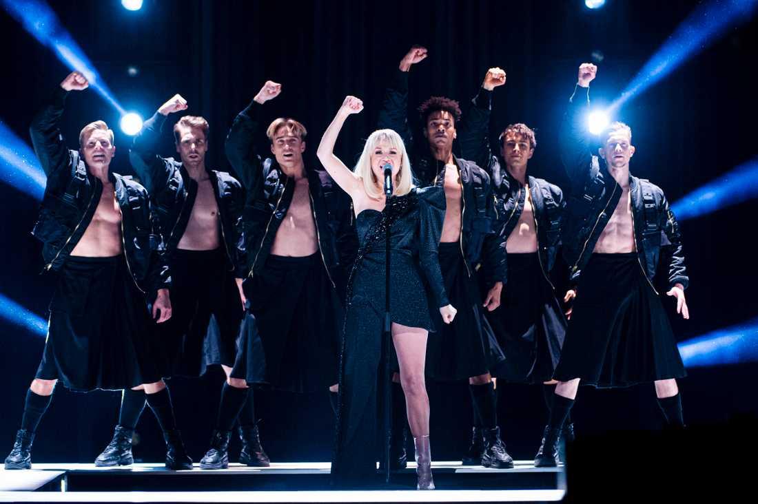 Anna Bergendahl på scenen i Melodifestivalen 2020