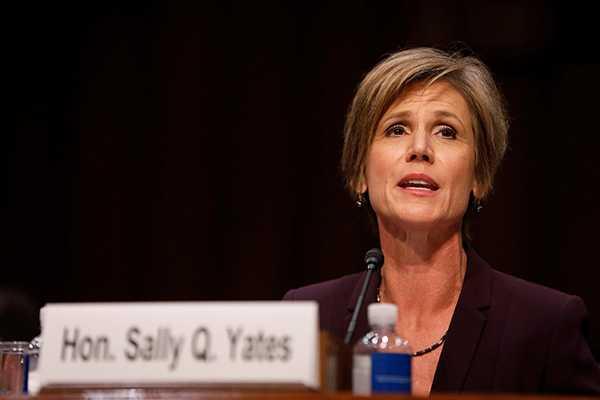 Sally Yates frågades ut av senaten.