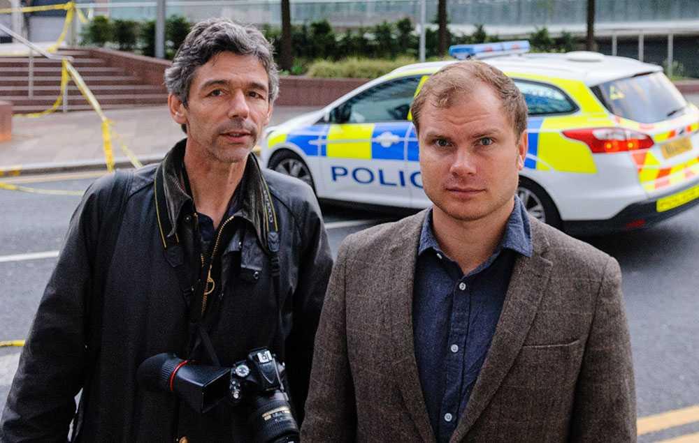 Aftonbladets Peter van den Berg och och Petter J Larsson är på plats i Manchester