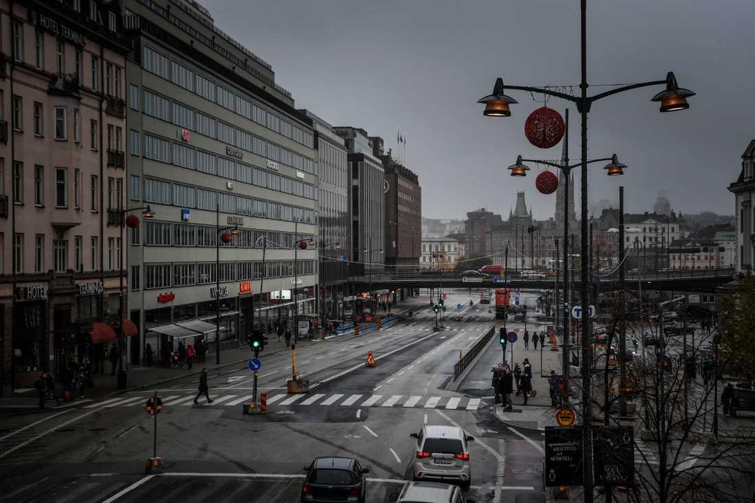 Vasagatan vid Stockholms centralstation. Blomsterhav som blev stenöken.