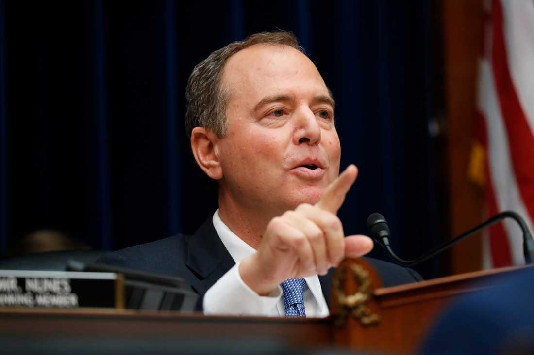 Demokraten Adam Schiffs utskott leder utredningen i representanthuset som ska klarlägga om Donald Trump brutit mot sin presidented.