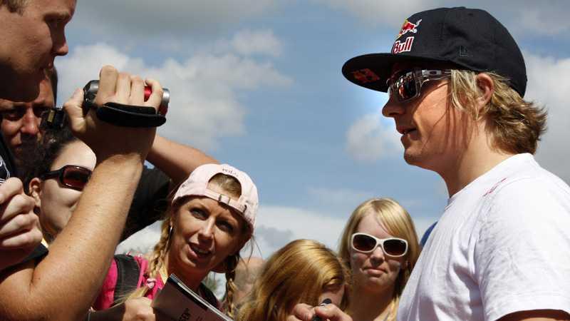 Citroën vill gärna behålla Kimi Räikkönen i sitt Juniorteam nästa år.