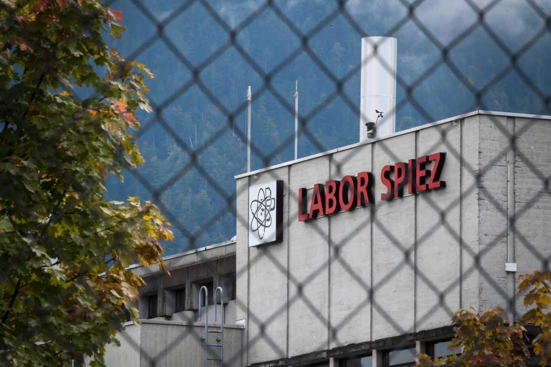 På laboratoriet Spiez i Schweiz analyseras biologiska och kemikaliska stridsmedel.