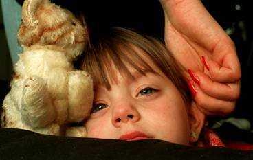 Cirka 80 000 barn har någon gång fått stryk hemma (av två miljoner barn under 18).