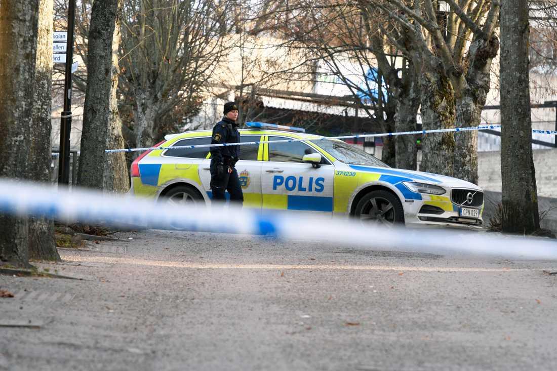 Explosion vid tunnelbanestation – två skadade