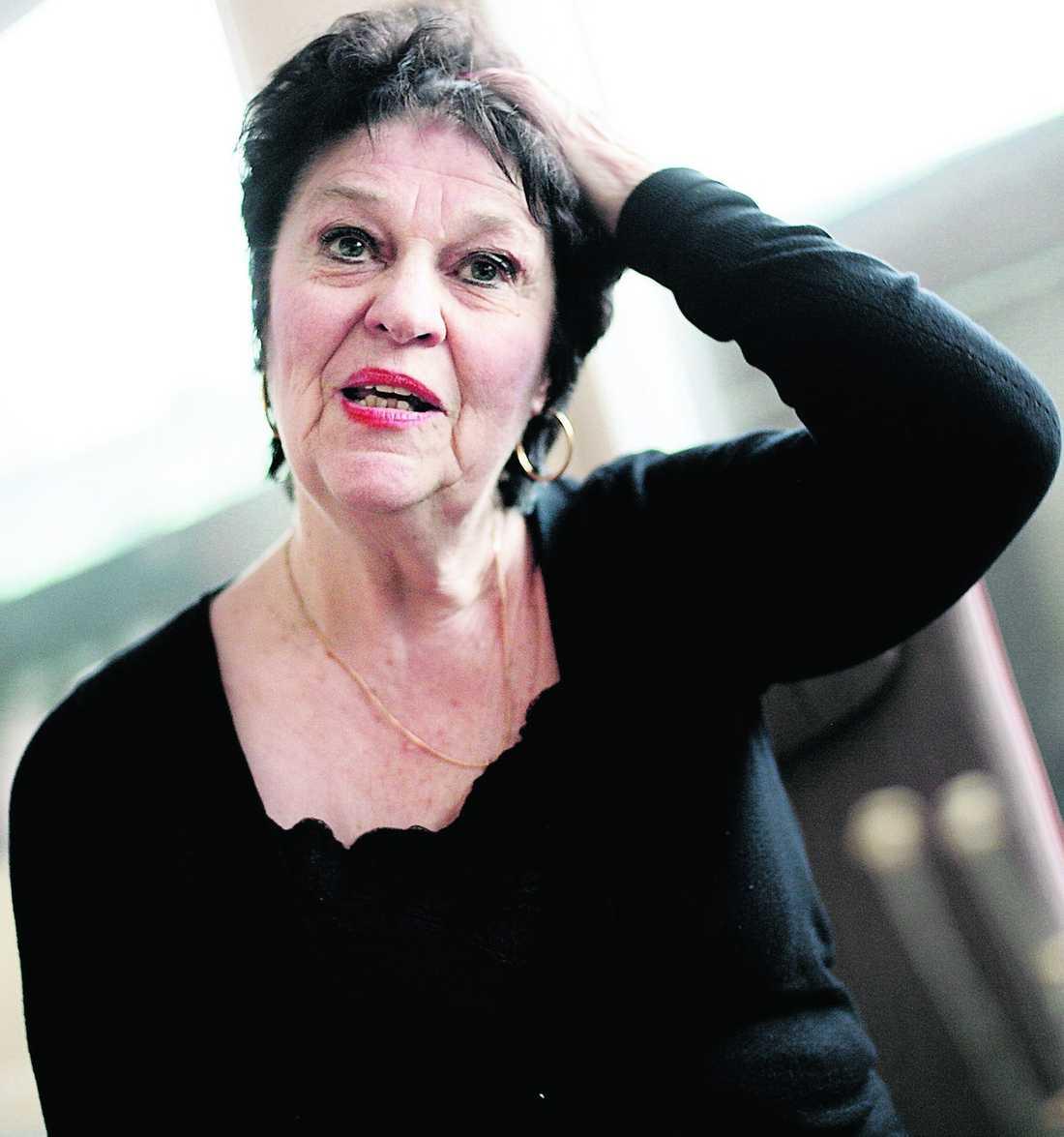 """""""STYRS AV M OCH FP"""" Sveket i februari 2009 blev för mycket för skådespelerskan och riksdagsledamoten Solveig Ternström. Nu lämnar hon Centern – och tänker i stället jobba aktivt för Socialdemokraterna."""
