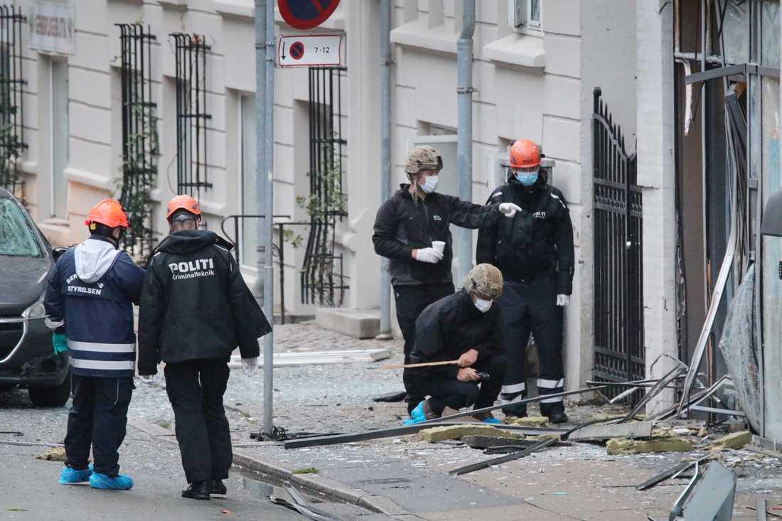 En bomb exploderade i Köpenhamn den 6 augusti. Den misstänkte, en 22-årig svensk man, ska utlämnas till Danmark. Ytterligare en man är efterlyst av polisen.