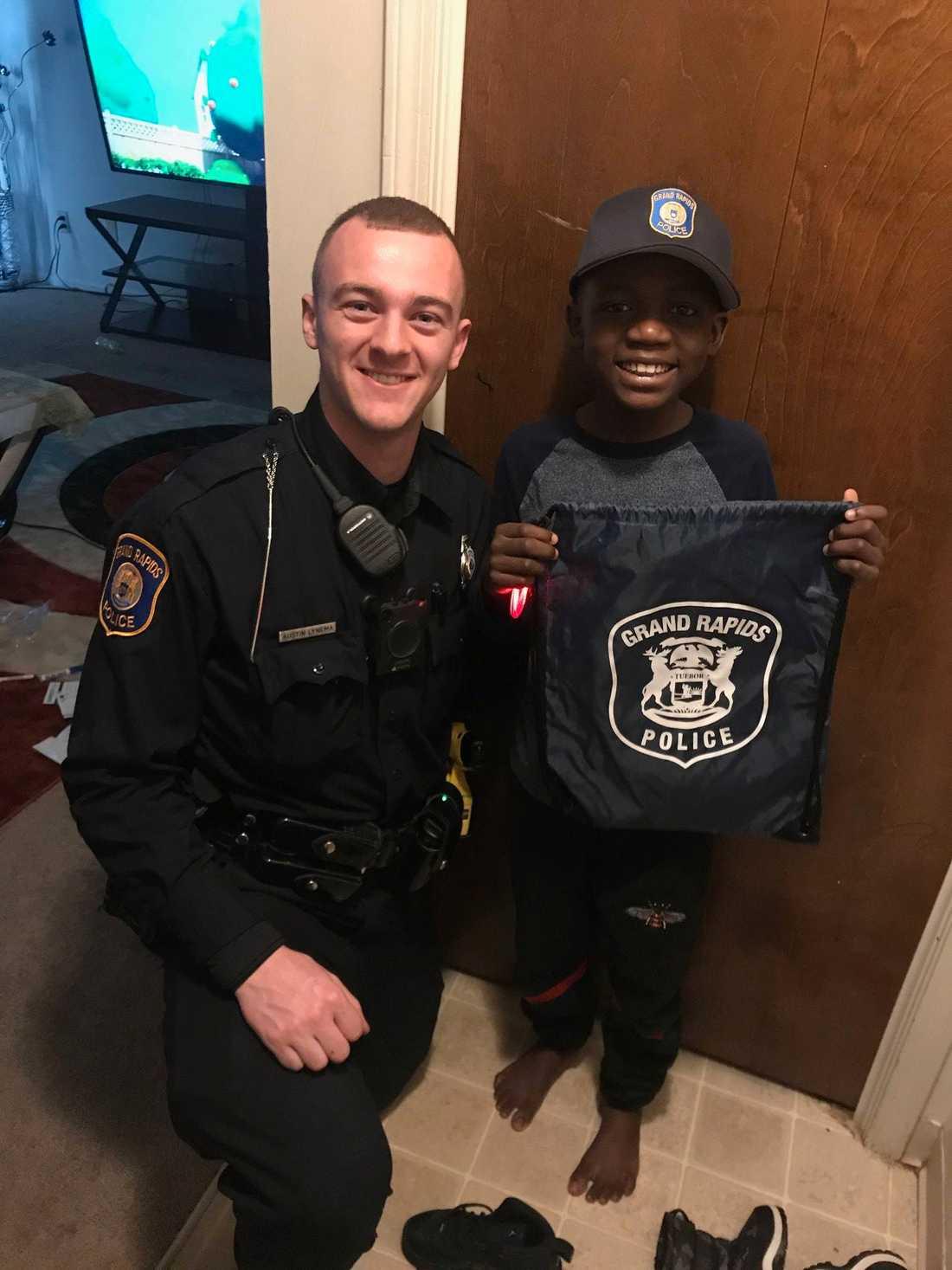 Austin Lynema, 22, och Thomas Daniel, 9.