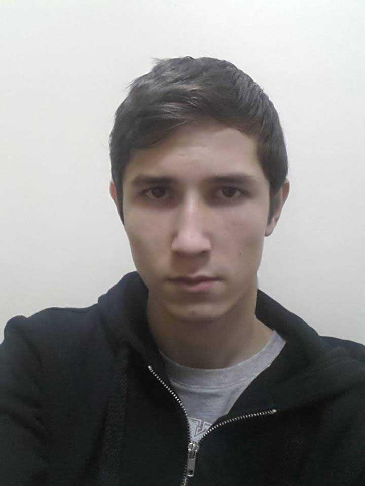 Lazar Sharifov förvaras nu i ett rum på flygplatsen i Almaty, Kazakstan.