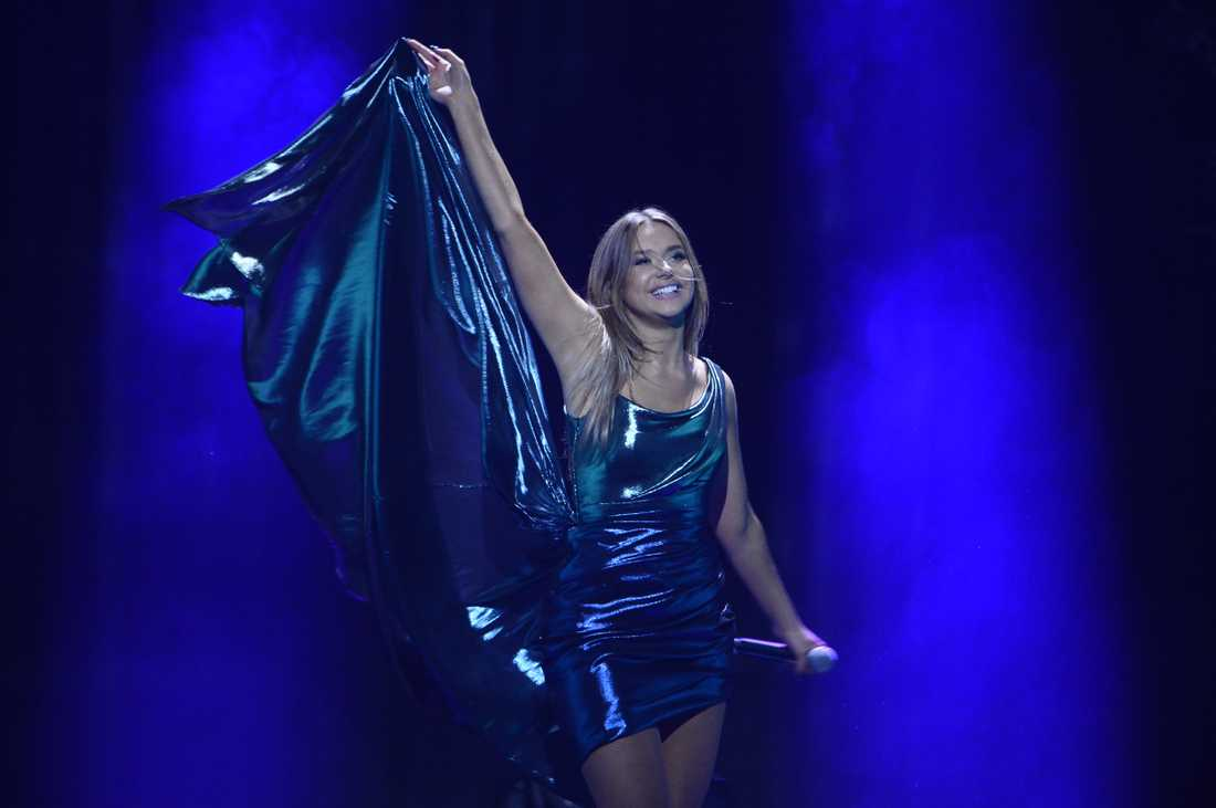 Hanna Ferm vidare direkt till final i Melodifestivalen.