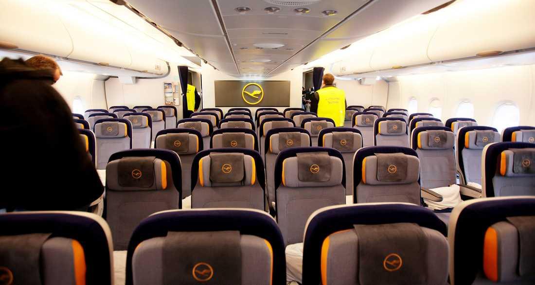 All lyx och läckra detaljer till trots –till största delen ser ekonomiklass i stort ut som i andra långdistansplan. Här återfinns 420 av de totalt 526 stolarna ombord.