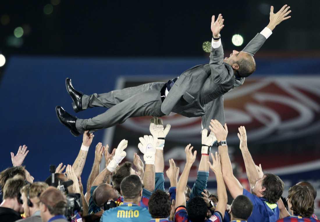 2009 Vinner klubblags-VM i Abu Dhabi efter seger mot Estudiantes. Foto: AP