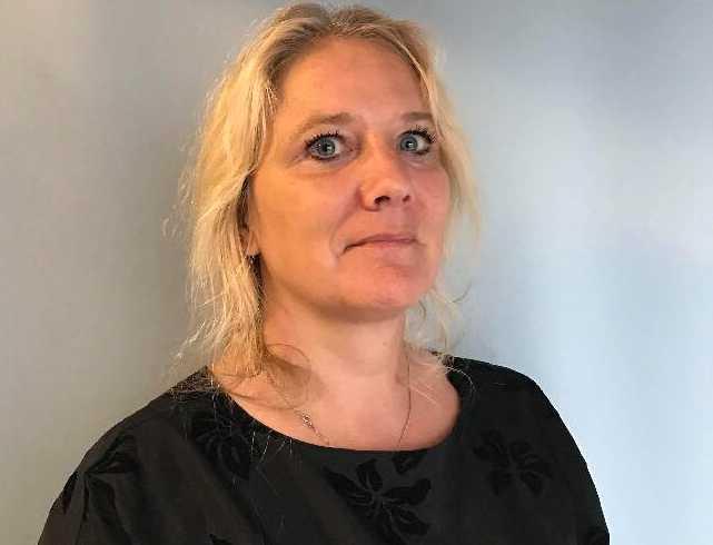 Camilla Schultz är ordförande för RFSL Göteborg och skäms å Göteborgs vägnar.