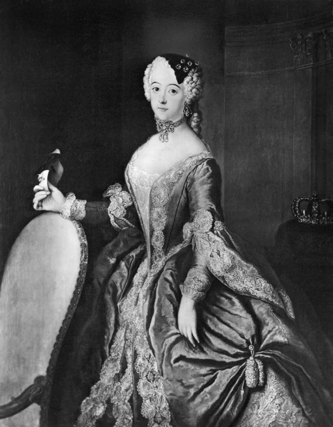 """""""Att den importerade drottningen Lovisa Ulrika fnyste åt de svenska musikerna är nog inget att beklaga eller förundras över. Hennes preussiska erfarenheter av opera (som ju inte framförts i Stockholm sedan Kristinas tid, och inte skulle spelas förrän under Gustav III) och instrumentalmusik var helt enkelt av så mycket högre halt än vad hon mötte i Sverige."""""""