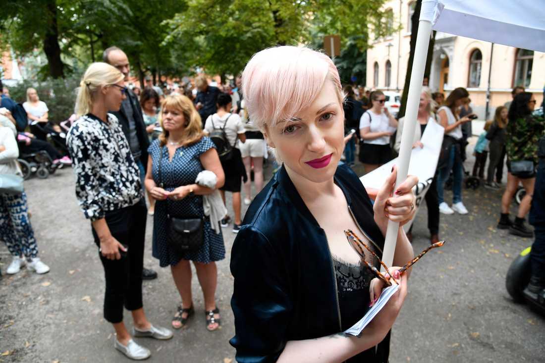 Cissi Wallin på en protestmarsch 2017.