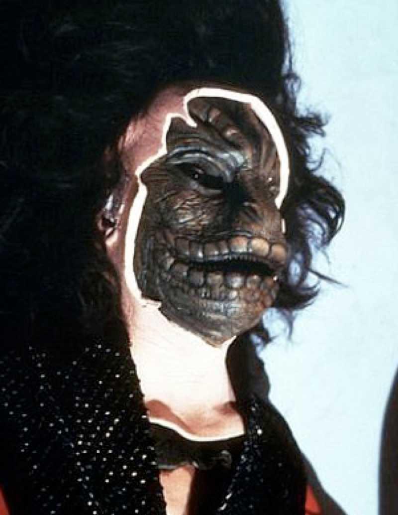 Ödlorna i tv-serien V dök upp första gången i 1985.