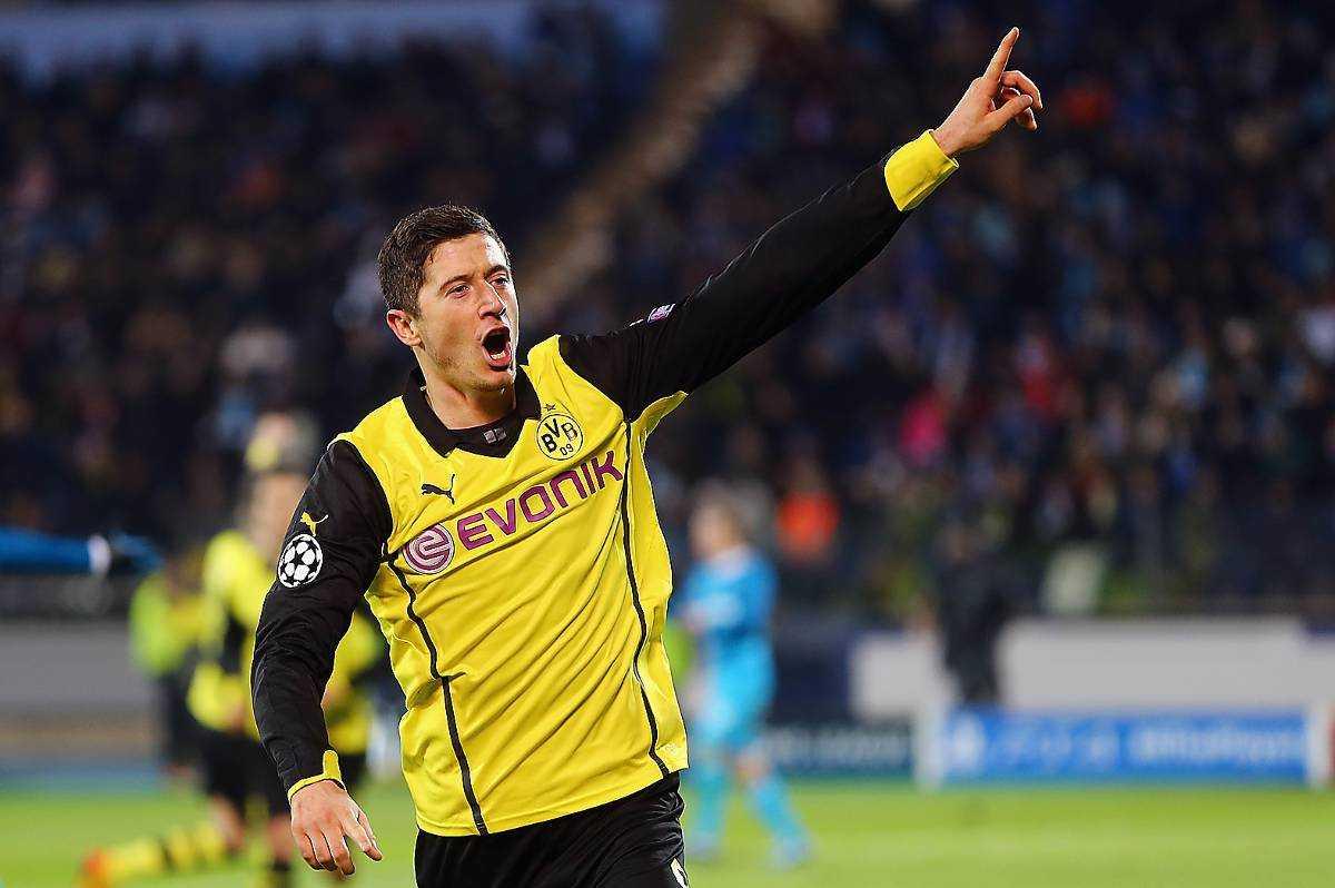 Tillbaka Dortmunds anfallare Robert Lewandowski är tillbaka i spel i kväll.