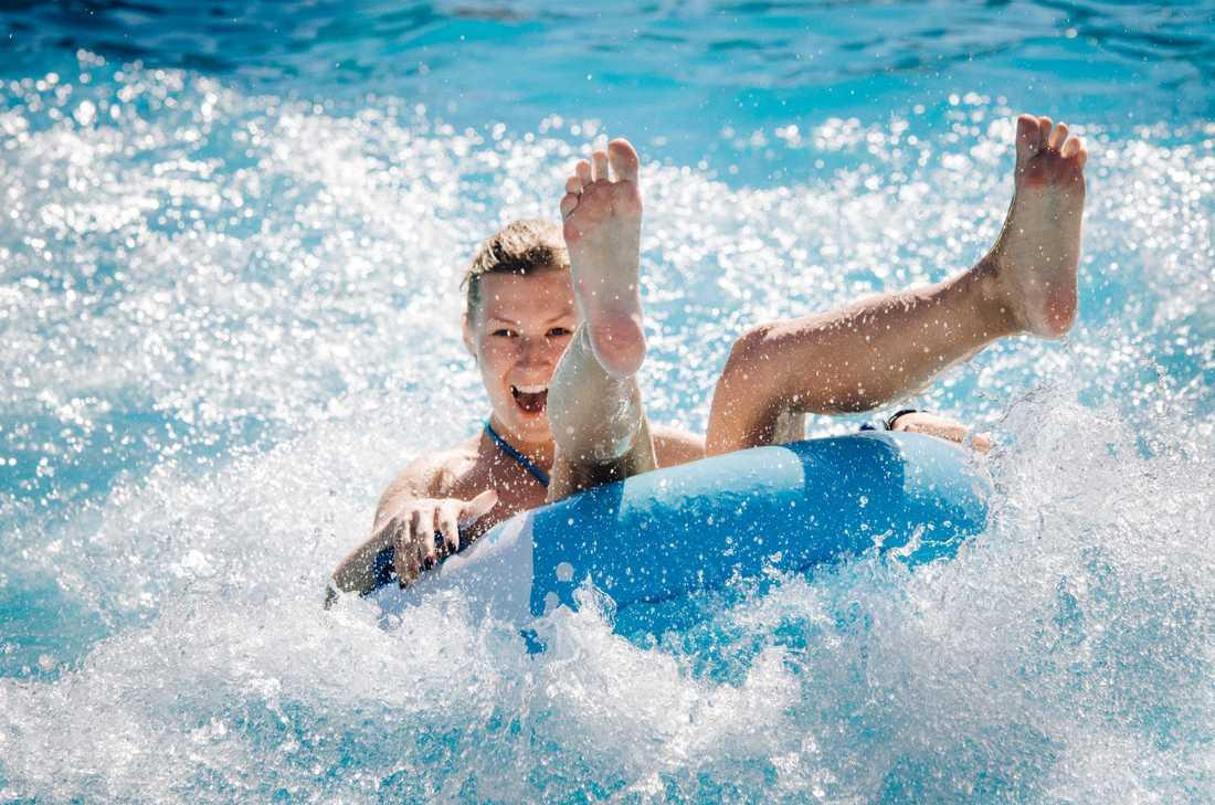 Vem har sagt att bara barn kan ha roligt på vattenland?