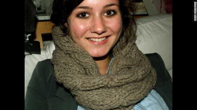 """Tessa van der Sande, 27, Nederländerna. Anställd på Amnesty International så jobbade Tessa för mänskliga rättigheter. Hon var på väg till Indonesien på semester. """"Vi tänker på hennes pojkvän, familj och hennes vänner"""", skriver Amnesty i ett uttalande."""